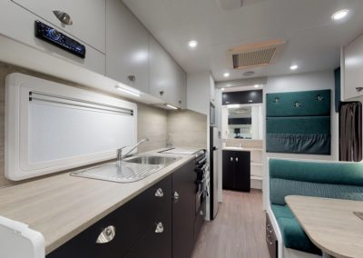 LOW RES 2019 LUXE 610 KITCH