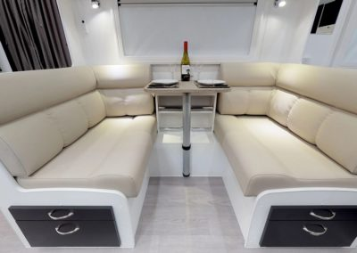 Newlands Luxe 628 beige leather look lounge