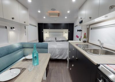 LOW RES 2019 LUXE 660 CLW INT